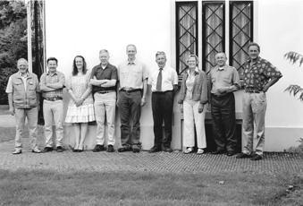 Het bestuur anno 2005. V.l.n.r.: Jan Osnabrugge, Piet Valkenburg, Mirjam de Wijs, Martin Wigtman, Henk van Woudenberg, Gert van de Peut, Bep Schimmel, Johan Lagerweij en Martin Wassen.