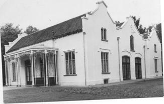 Het Koetshuis.