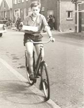 Bas Ritmeester in de Marktstraat, 1960.